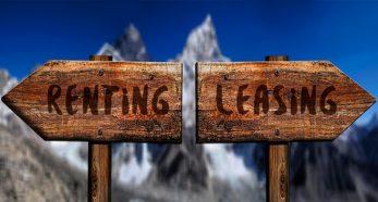 Carteles de dirección: renting o leasing