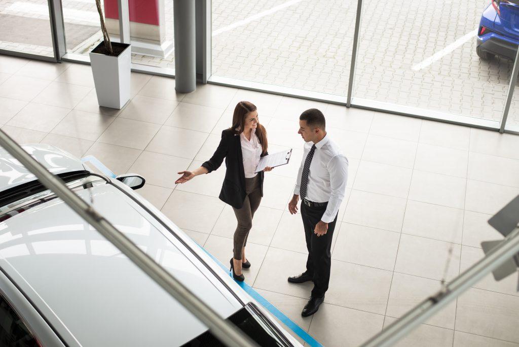 ¿Cuánto tiempo tardan en entregar un coche de renting?